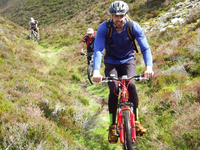 Mountain Biking / Road Cycling Scotland                  | Calgary Adventure Travel & Luxury Tours