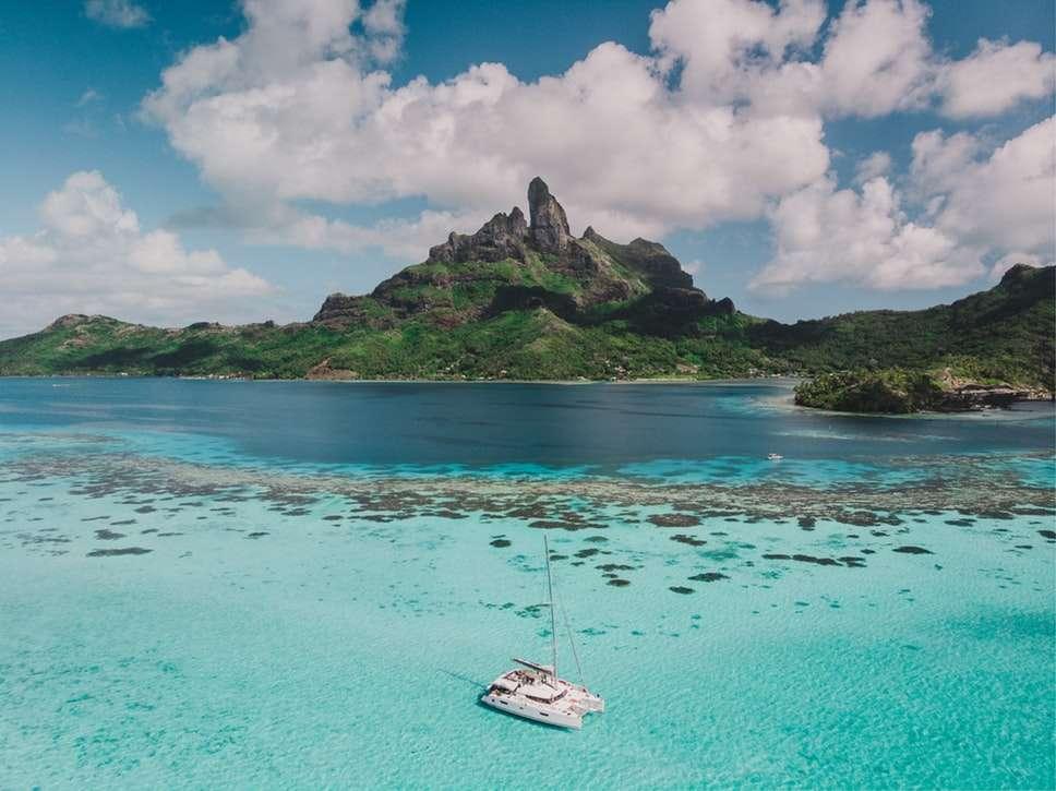 The Islands of Tahiti | Calgary Adventure Travel & Luxury Tours