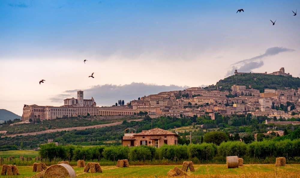 Italy - Tuscany, Cinque Terre, Verona and Venice | Calgary Adventure Travel & Luxury Tours