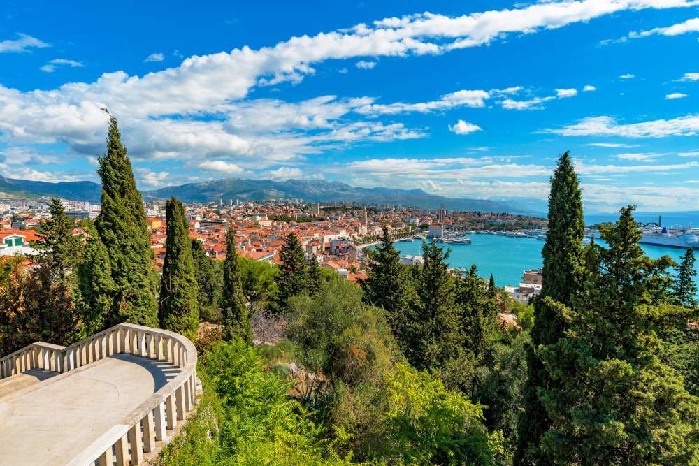 Luxury Croatia with 4 nights yacht cruise in the Adriatic Coast | Calgary Adventure Travel & Luxury Tours