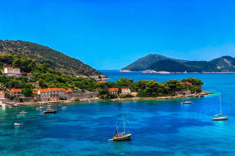 Sailing along the beautiful Dalmatian Islands, Croatia | Calgary Adventure Travel & Luxury Tours