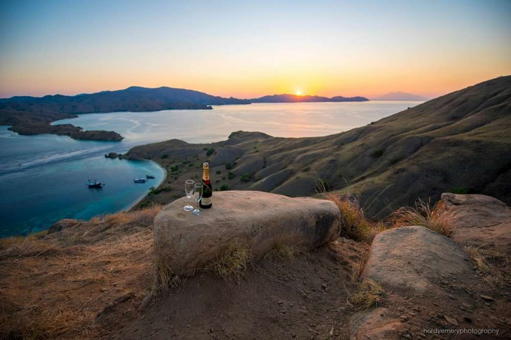 Adventure cruise in the fabled Komodo National Park, Indonesia | Calgary Adventure Travel & Luxury Tours