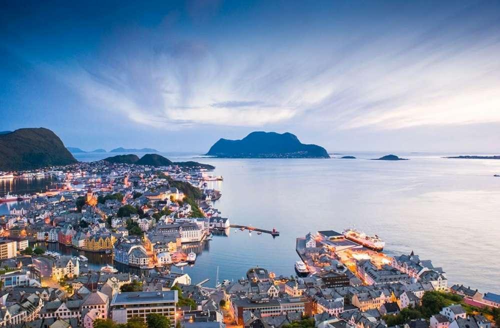 Iceland and Nordic Cruise | Calgary Adventure Travel & Luxury Tours